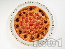Рецепта Плодово суфле / сладкиш от яйца и прясно мляко с череши, ягоди и кайсии за десерт (без брашно и глутен)